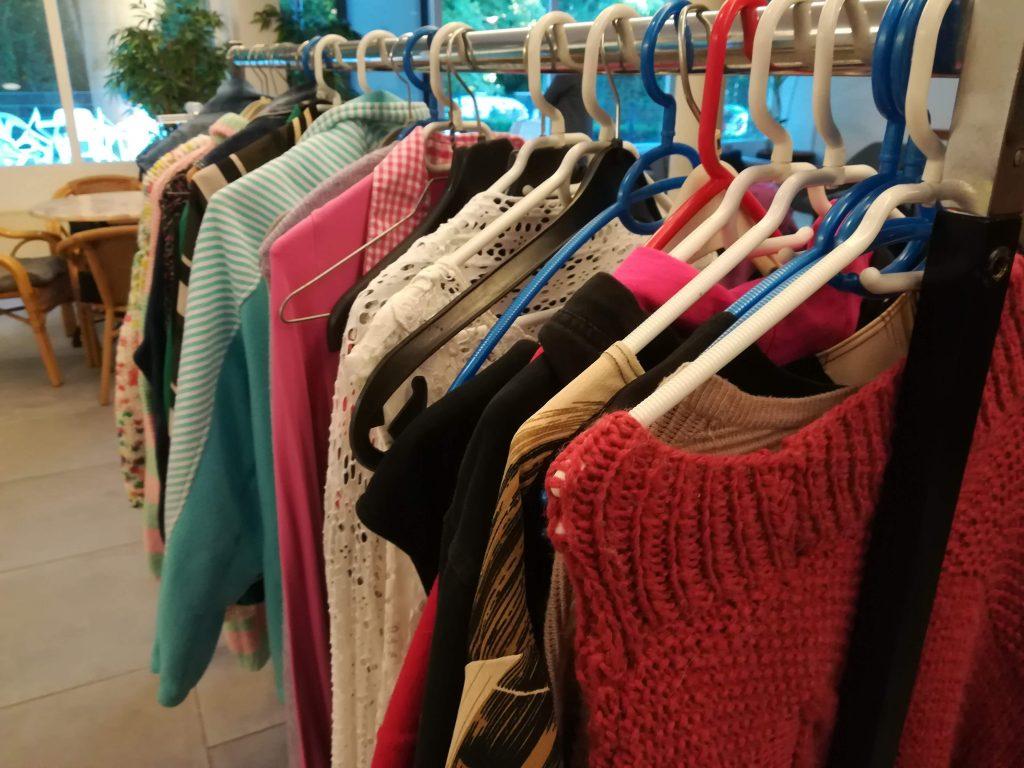 Buurth - kledingmarkt